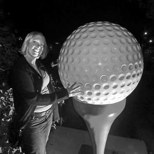 Rachel & the giant golf ball