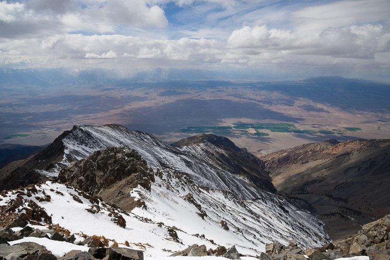 Down into the Owens Valley