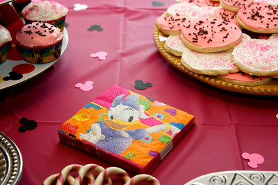 Anna's second favorite character is Daisy Duck.  It is very hard to find Daisy Duck paraphenalia. I was proud.