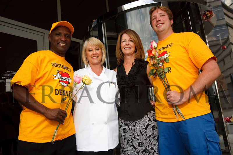 (Denver, Colorado, Aug. 28, 2010)<br /> Representing Southwest Airlines:  Calvin Moore, Teresa Laraba (SWA senior vice president, customer service), Jane McAtee (manager of corporate community affairs, Denver), and Dan Carson.  Celebrity Waiter event, a Concerts for Kids benefit, at Shanahan's Steak House in Denver, Colorado, on Saturday, Aug. 28, 2010.<br /> STEVE PETERSON