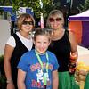 Kathy Putnam, Pam Putnam and Taylor Thomas (girl, front)