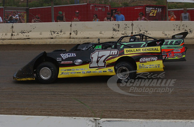 17m Dale McDowell and 18 Eric Wells