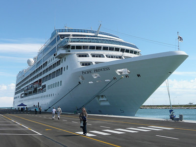 "Our Ship - The Pacific Princess - a ""small"" ship by most modern standards at 685 passengers, plus crew.  Highly recommended!"
