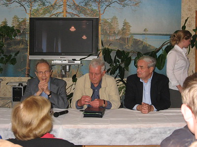 Bill Perry, Valeriy Schmarov and Bill Miller (l to r) during their press conference  at Pervomaysk - Rick Hankins