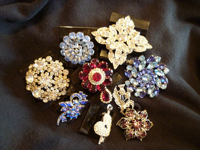 Brooches for Kenzie's Wedding Bouquet
