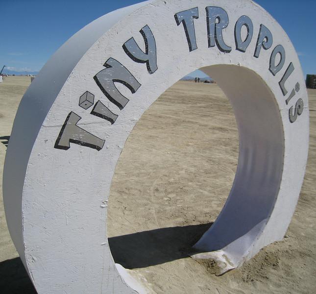 056-Tiny Tropolis