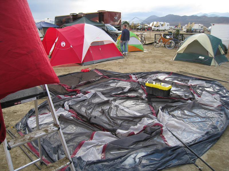 046-really muddy tent