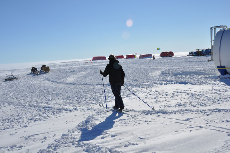 Skiing is a possibility, though the thin air makes it difficult<br /> <br /> Photo: Wang Shimeng
