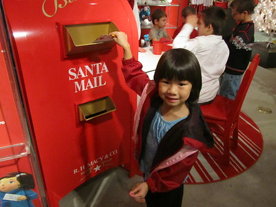 Mailing a letter to Santa