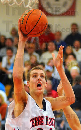Wide open: Patriot Matt O'Leary has a good look at the hoop in second half action Tuesday night.