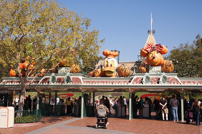 Disney Halloween Entrance