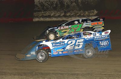 25 Josh Richards and 71 Chris Wall