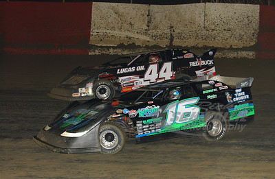 16 Justin Rattliff and 44 Earl Pearson, Jr.