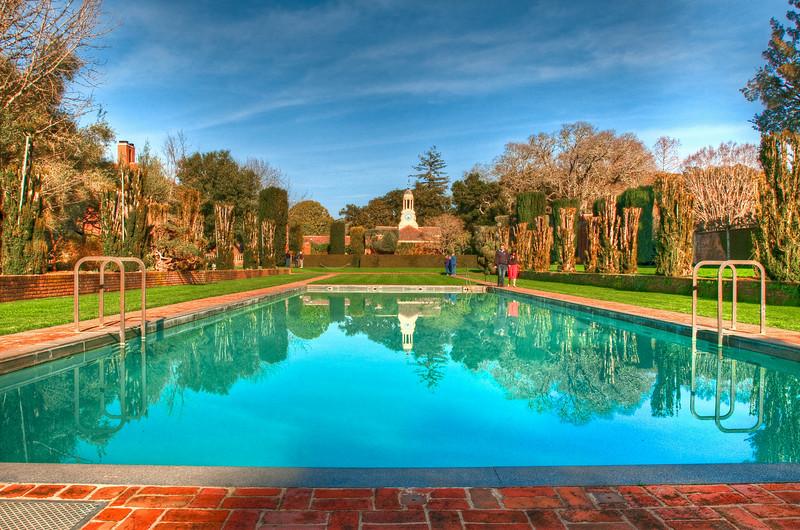 The filoli mansion pool.