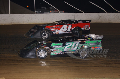 20 Jimmy Owens and 41 Brad Neat