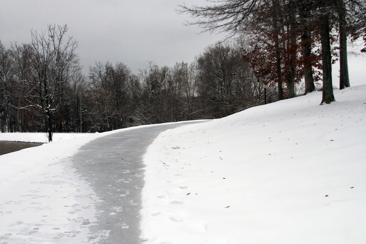 The hills around Lake Hollifield were heavily traveled by students seeking ideal sledding spots.