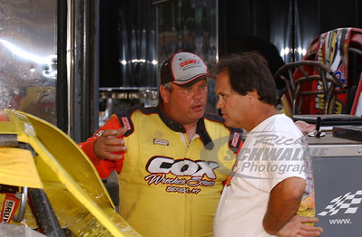 Don O'Neal talks with Tader Masters @ Hagerstown Speedway