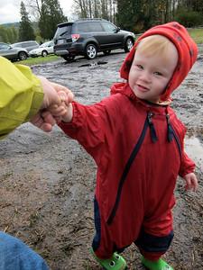 """""""Hold my hand, it's muddy"""""""