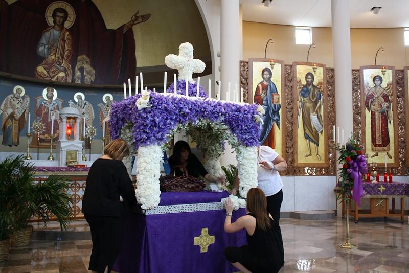 St. Nicholas Troy (5).JPG