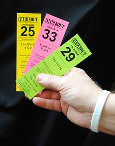 ImageOut Tickets - Hand