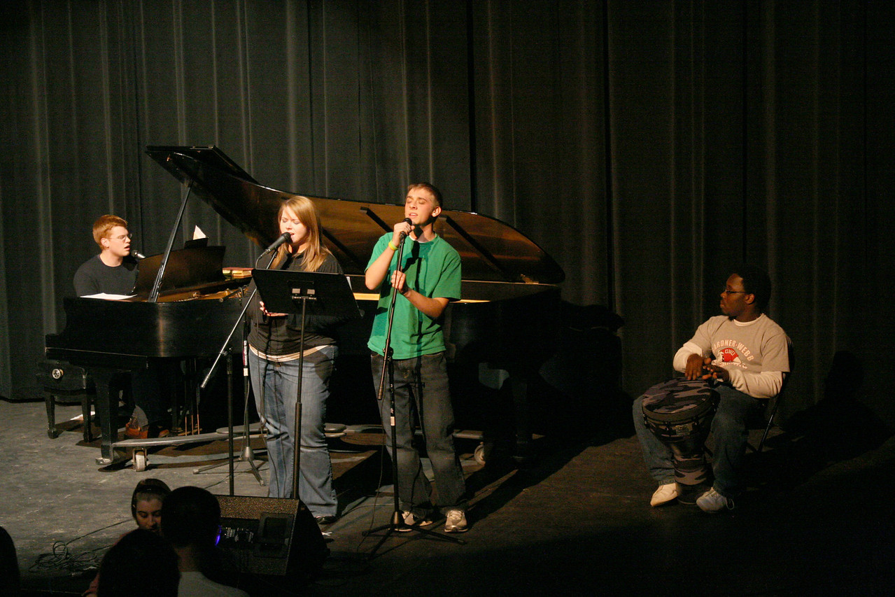The Verge's acoustic band leads worship Wednesday night as part of the second installment of Celebration Week.