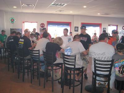 Autograph Session @ Lucas Oil Speedway