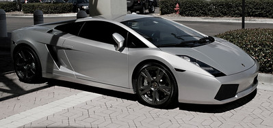 While on tour, the GWU students gawked over this, unknown to Boiling Springs, Lamborghini Gallardo parked outside of the International Plaza mall near Miami, Florida.