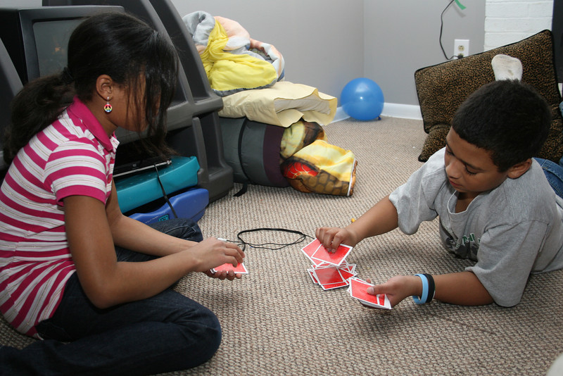 Madi and Romi play War