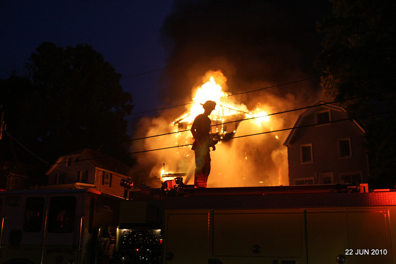 no-20100622-milford-conn-house-fire-55-edgefield-ave-pic-15
