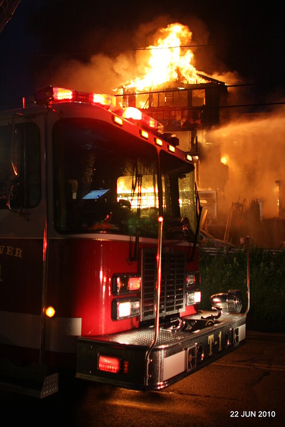 no-20100622-milford-conn-house-fire-55-edgefield-ave-pic-25