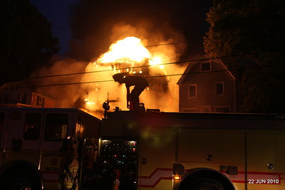 20100622-milford-conn-house-fire-55-edgefield-ave-pic-14