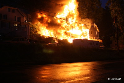 20100622-milford-conn-house-fire-55-edgefield-ave-pic-02