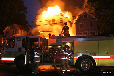 20100622-milford-conn-house-fire-55-edgefield-ave-pic-10
