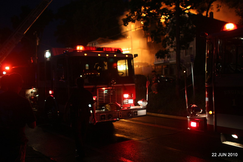 20100622-milford-conn-house-fire-55-edgefield-ave-pic-28