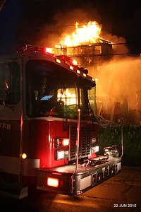 no20100622-milford-conn-house-fire-55-edgefield-ave-pic-24