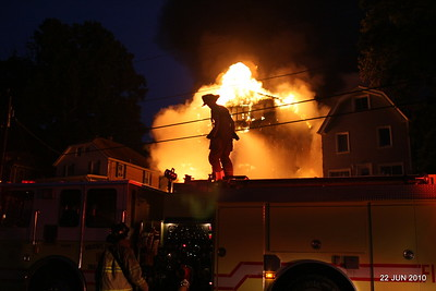 20100622-milford-conn-house-fire-55-edgefield-ave-pic-13