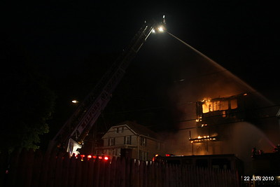 no-20100622-milford-conn-house-fire-55-edgefield-ave-pic-30