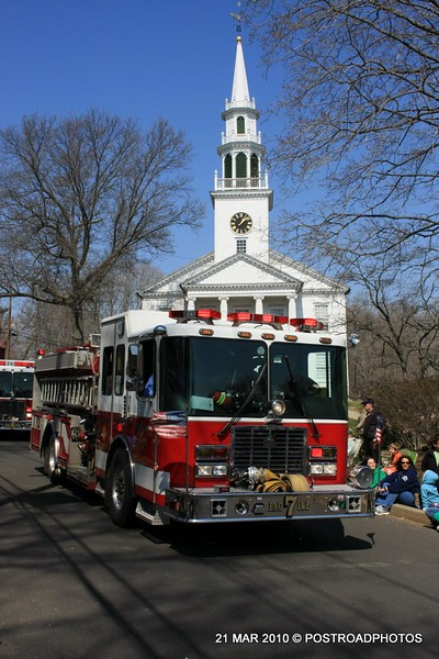 20100321_milford_conn_st_patricks_day_parade_08_fire_department_engine_7
