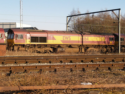 66164 in convoy comimg through Crewe South Yard from Basford Hall.