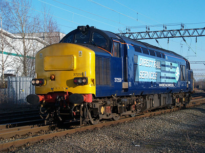 37259 comes of the Uttoxeter line light engine on a Derby-Gresty Bridge move.