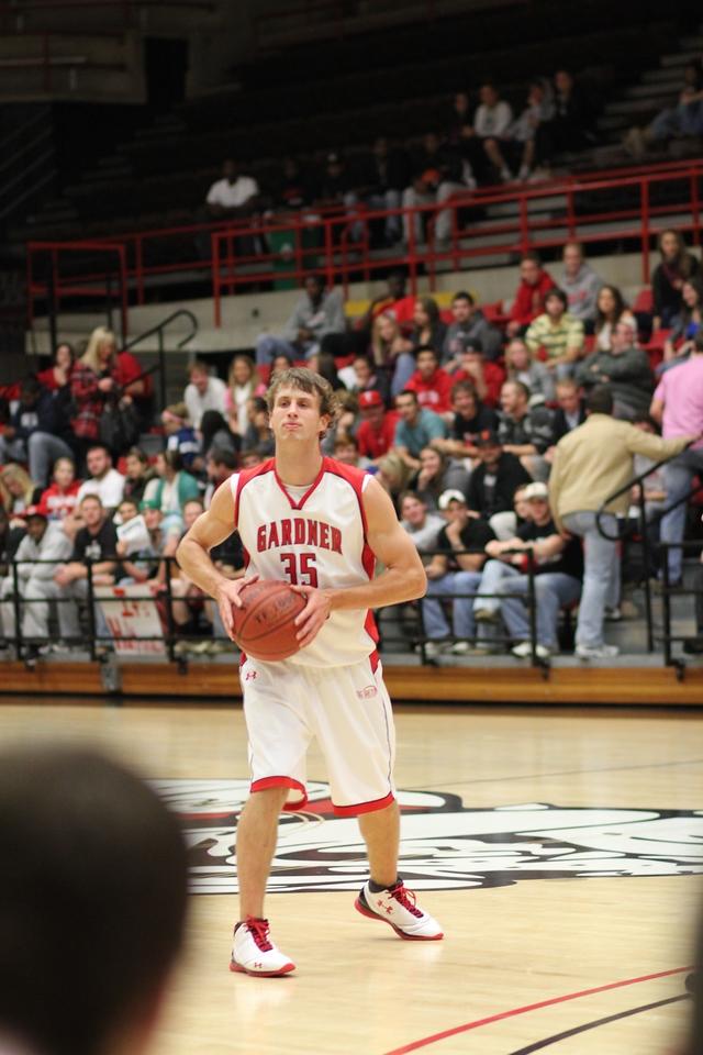 Gardner-Webb men's basketball scored a 78-42 victory over Virginia Intermont November 17, 2010 at Paul Porter Arena.