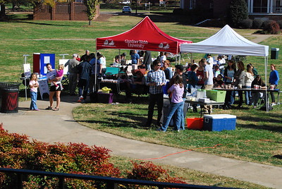 HopeFest was held on the quad and brought out many students and locals to raise awareness for homelessness.
