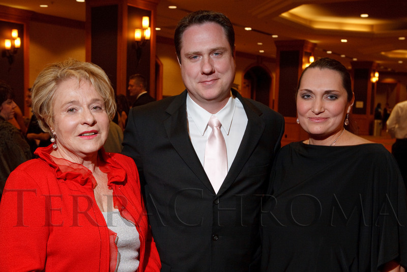 "(Denver, Colorado, Nov. 6, 2010)<br /> Dutchess Scheitler with Kirk and Samantha Scheitler.  ""A Pink Tie Affair,"" benefiting the Denver Metropolitan Affiliate of Susan G. Komen for the Cure, at the Sheraton Denver Downtown Hotel in Denver, Colorado, on Saturday, Nov. 6, 2010.<br /> STEVE PETERSON"
