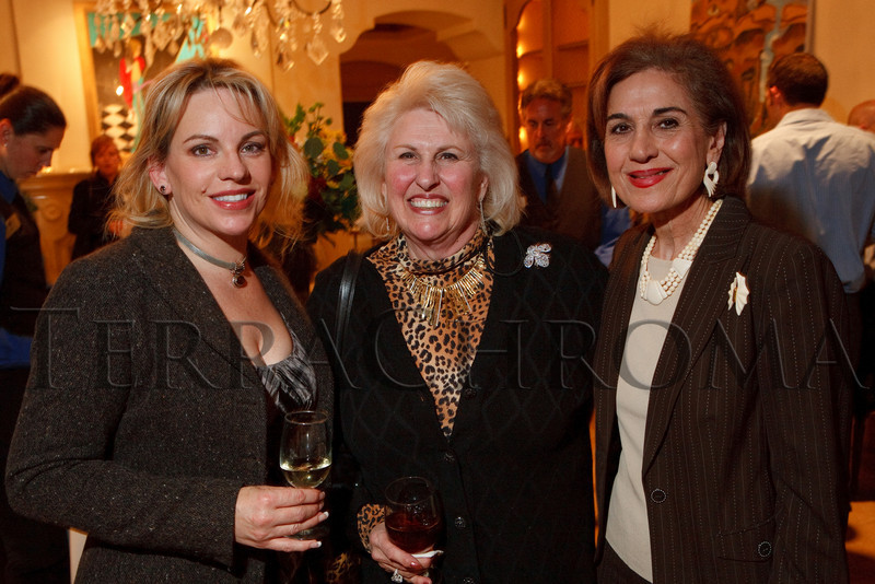 (Cherry Hills Village, Colorado, Nov. 16, 2010)<br /> Teresa Kennedy, Edie Marks, and Artemis Khadiwala.  ArtReach Dine & D'art Kick-Off Party at the Schneider home in Cherry Hills Village, Colorado, on Tuesday, Nov. 16, 2010.<br /> STEVE PETERSON