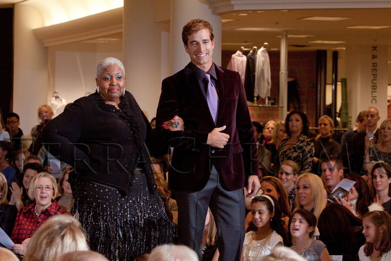 """(Denver, Colorado, Oct. 21, 2010)<br /> """"Key to the Cure,"""" a women's cancer program benefit hosted by the Denver Health Foundation, at Saks Fifth Avenue Cherry Creek in Denver, Colorado, on Thursday, Oct. 21, 2010.<br /> STEVE PETERSON"""