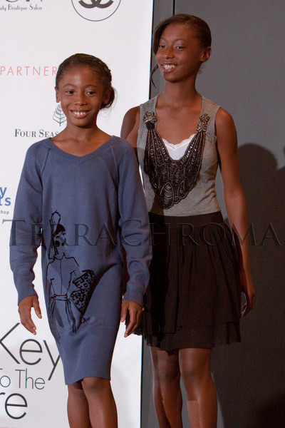 """(Denver, Colorado, Oct. 21, 2010)<br /> Ciara and Cydney Billups.  """"Key to the Cure,"""" a women's cancer program benefit hosted by the Denver Health Foundation, at Saks Fifth Avenue Cherry Creek in Denver, Colorado, on Thursday, Oct. 21, 2010.<br /> STEVE PETERSON"""