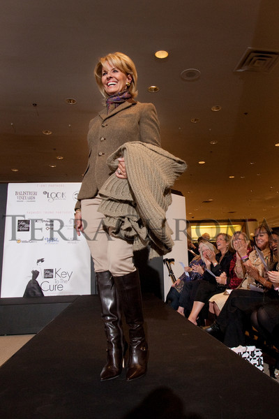 "(Denver, Colorado, Oct. 21, 2010)<br /> Jamie Angelich.  ""Key to the Cure,"" a women's cancer program benefit hosted by the Denver Health Foundation, at Saks Fifth Avenue Cherry Creek in Denver, Colorado, on Thursday, Oct. 21, 2010.<br /> STEVE PETERSON"