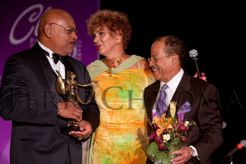 (Denver, Colorado, Oct. 30, 2010)<br /> Raymond Dean Jones receives a gift of honor from Cleo Parker Robinson and xxxx.  Cleo Parker Ronbinson Dance 40th anniversary gala at the Renaissance Denver Hotel in Denver, Colorado, on Saturday, Oct. 30, 2010.<br /> STEVE PETERSON