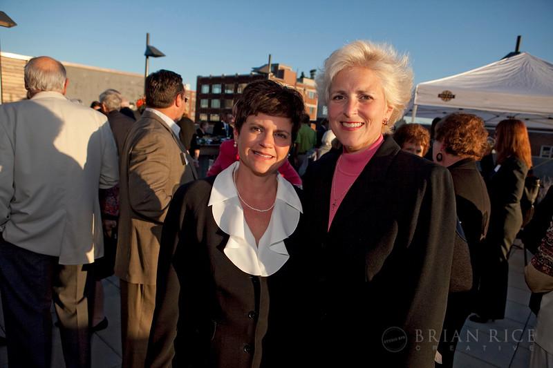 Karen Hardcastle (l) and Amy Greif