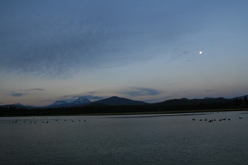 080-sun rise on three sisters